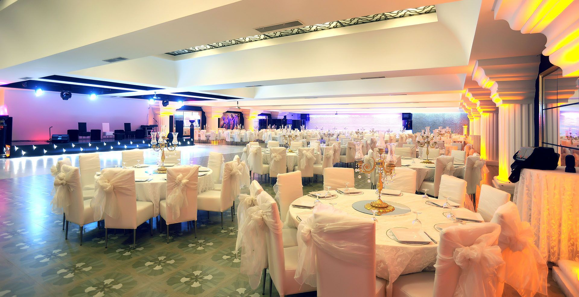 AKALIN_WEDDING_PLAZA